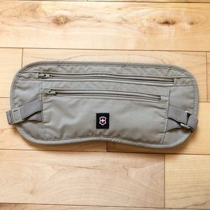 Victorinox security travel pouch Fanny pack